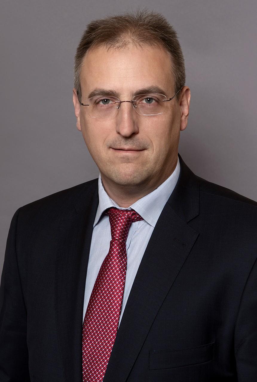 dr. Kiss Domonkos