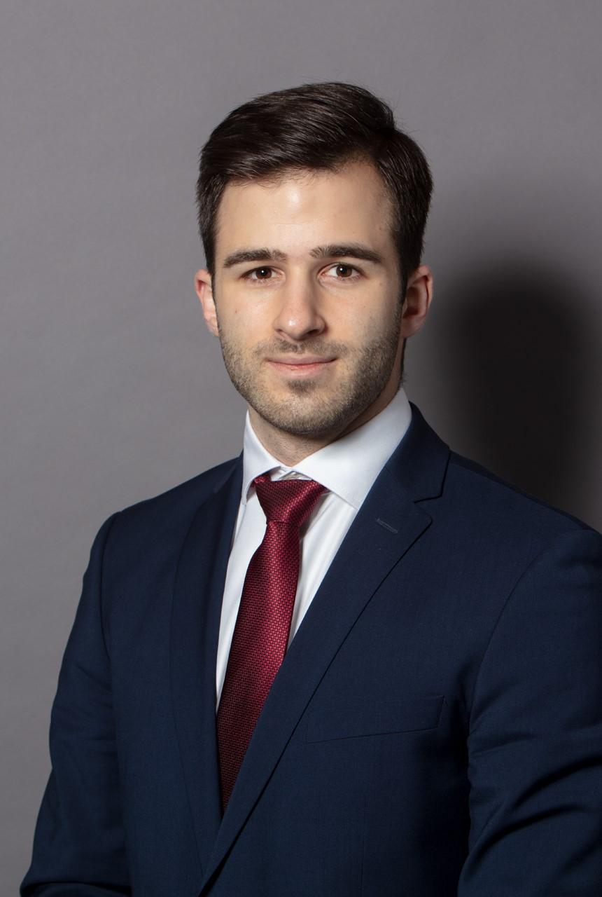 dr. Csegezi Dániel